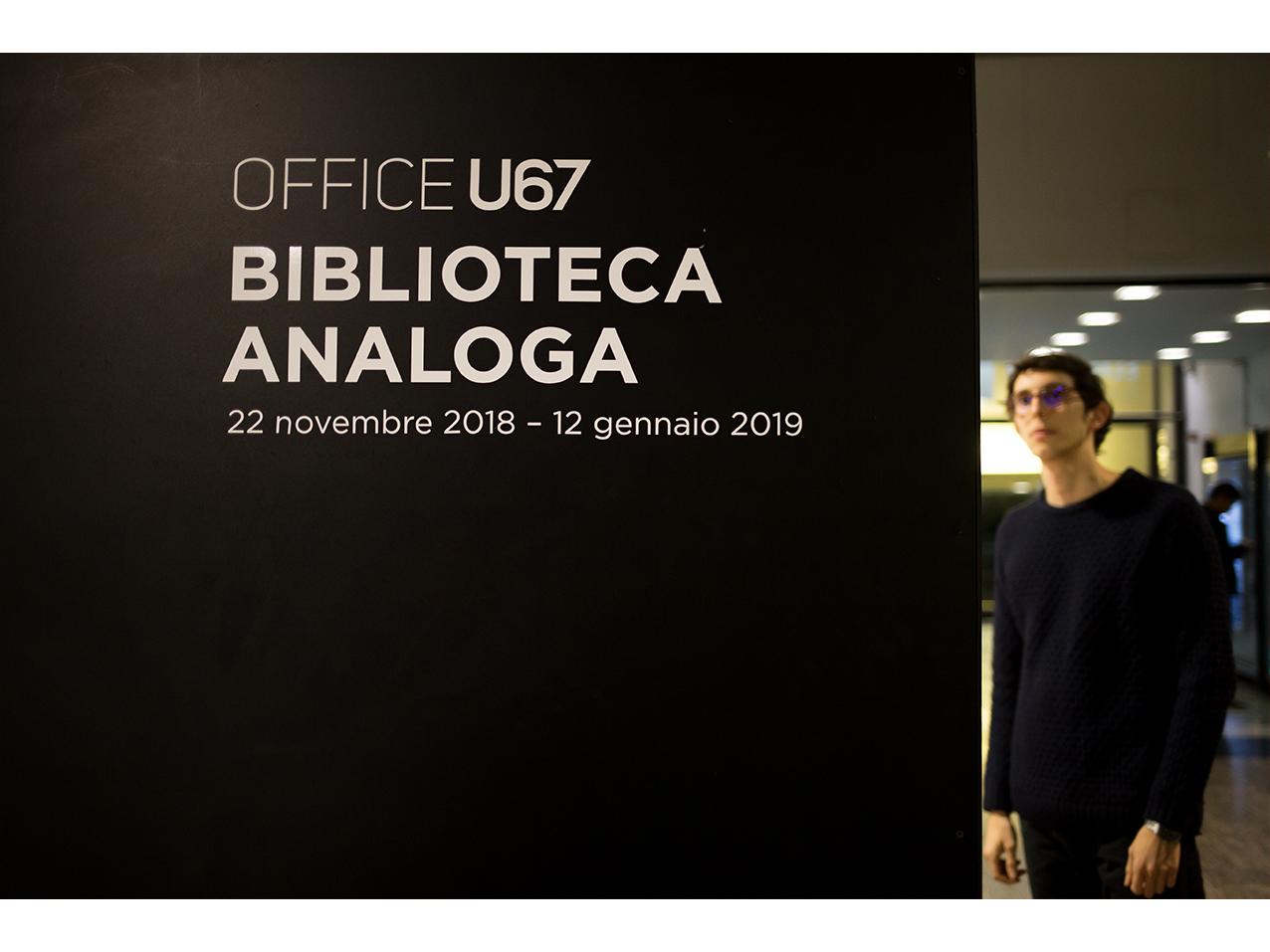 u67_biblioteca-analoga_001