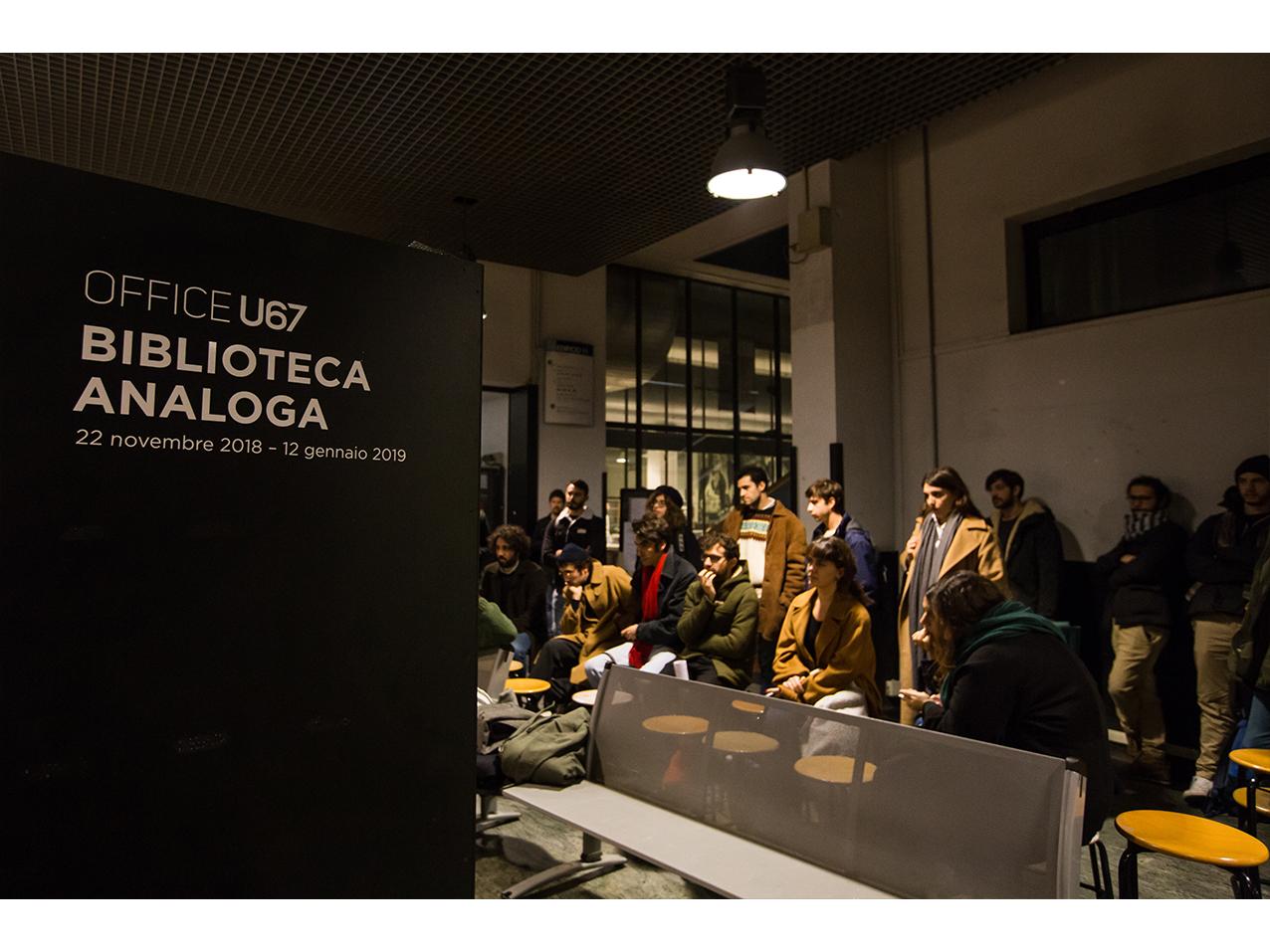 u67_biblioteca-analoga_022